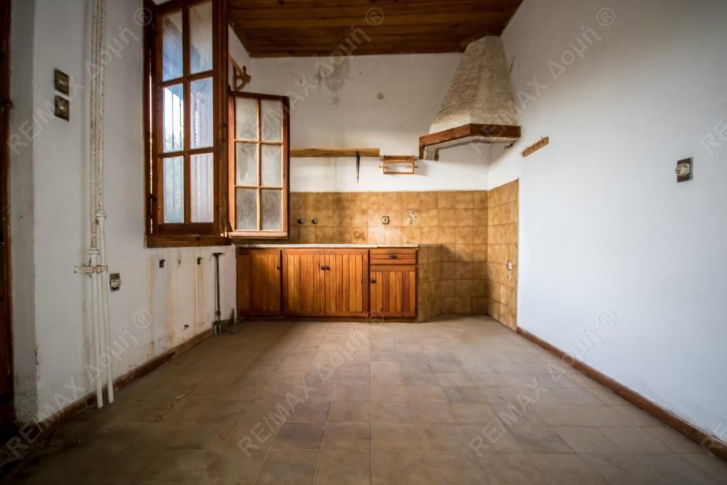 Μονοκατοικία | 375τ.μ. | 150000 €