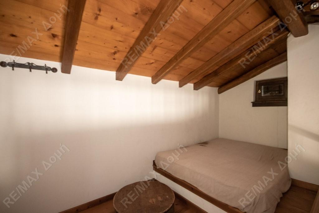 Μεζονέτα | 315τ.μ. | 300000 €